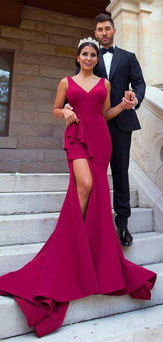 products/Fuchsia_Sleeveless_V-neck_Mermaid_Side_Slit_With_Train_Long_Bridesmaid_Dresses_PB1078-2.jpg