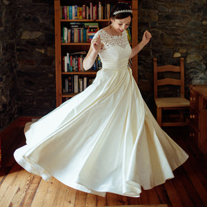 Popular Elegant V-back Cap Sleeve Ivory Lace Satin A-line Bridal Gown, Wedding Party Dresses , WD0045