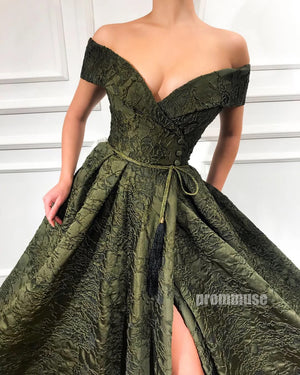Off the Shoulder Side Split Green Lace Long Prom Dresses SPE177