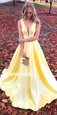 products/prom_dress1_bb339d15-805c-4ed6-804e-2550d8e4c0cf.jpg