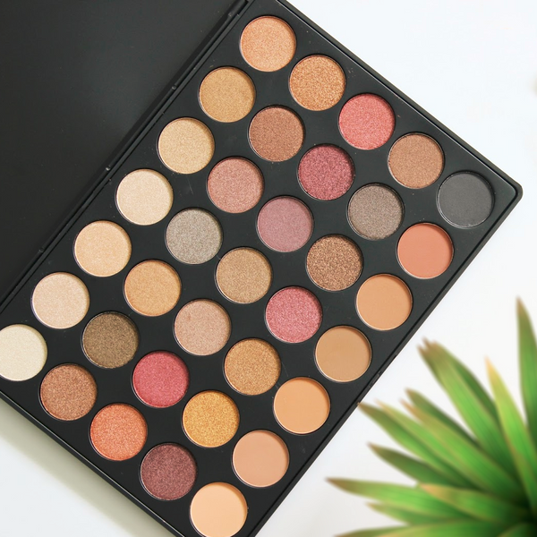 Performance Eyeshadow Palette