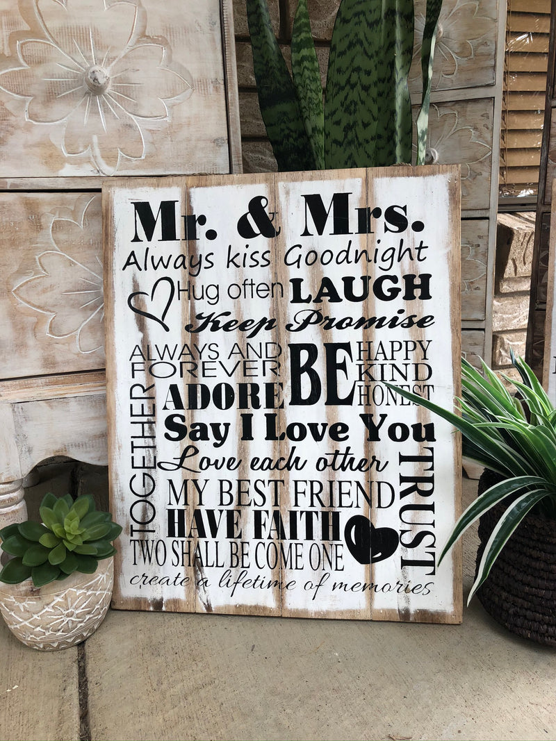 Mr and Mrs -Timber Sign