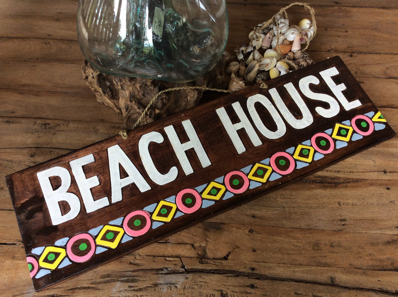 Beach House timber sign