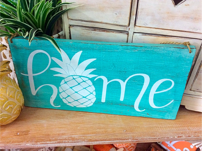 Home timber sign - pineapple