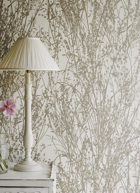 Meadow Canvas Sanderson Tapet. Gilver (Gold+Silver)/Linen