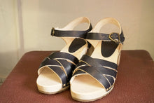 Load image into Gallery viewer, Sandals - Vege Navy-Accessories-The ANJELMS Project