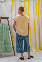 Load image into Gallery viewer, Short Sleeve Top - Yellow Stripe Print