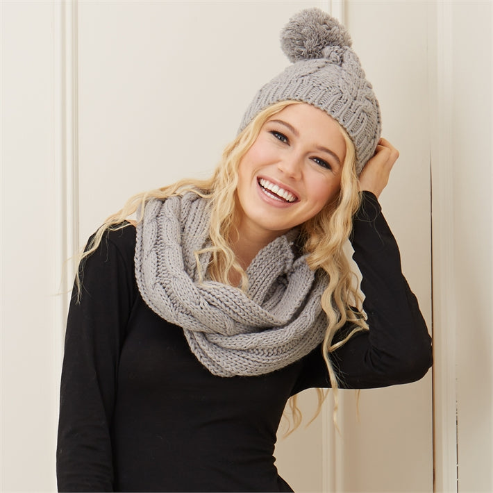 Warm Up Cable Knit Hat and Scarf