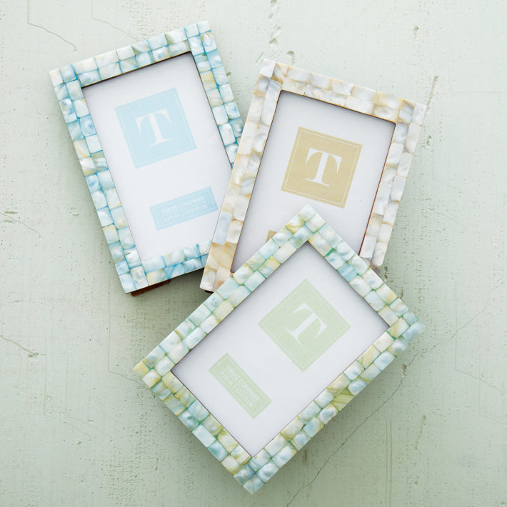 Mother of Pearls Tiles Photo Frame (4x6)