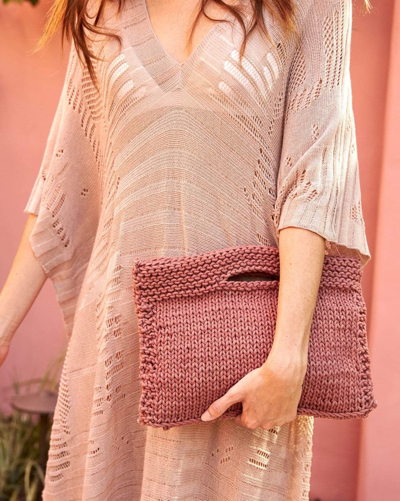 Village Clutch in Rose