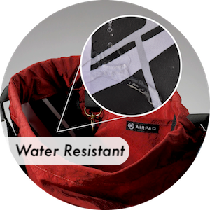 The lining of the Baq is highly water resistant