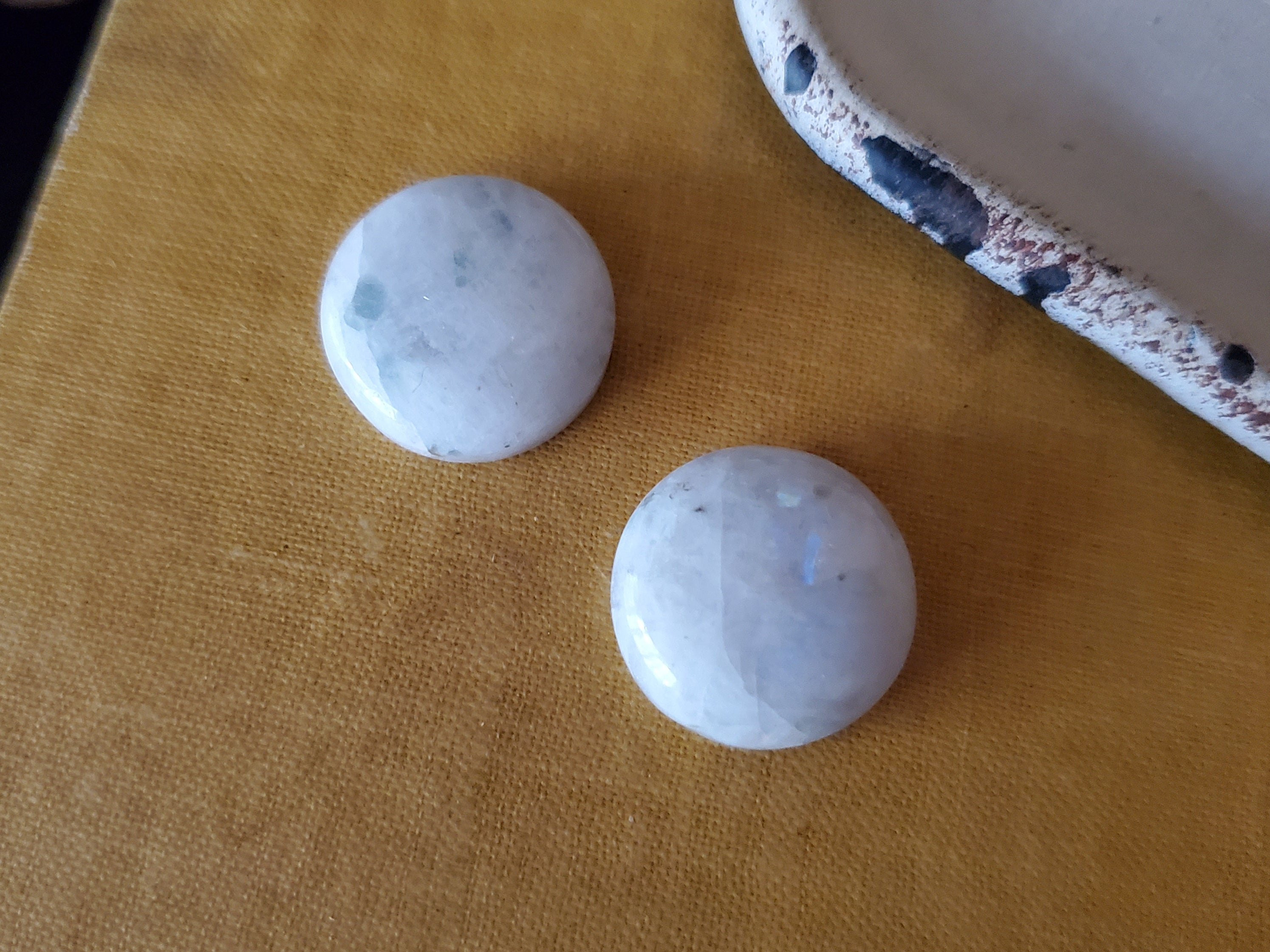 Moonstone Cabochon Lot