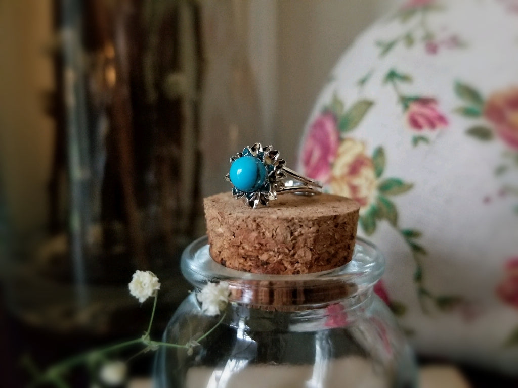 Blue Howlite Flower Ring
