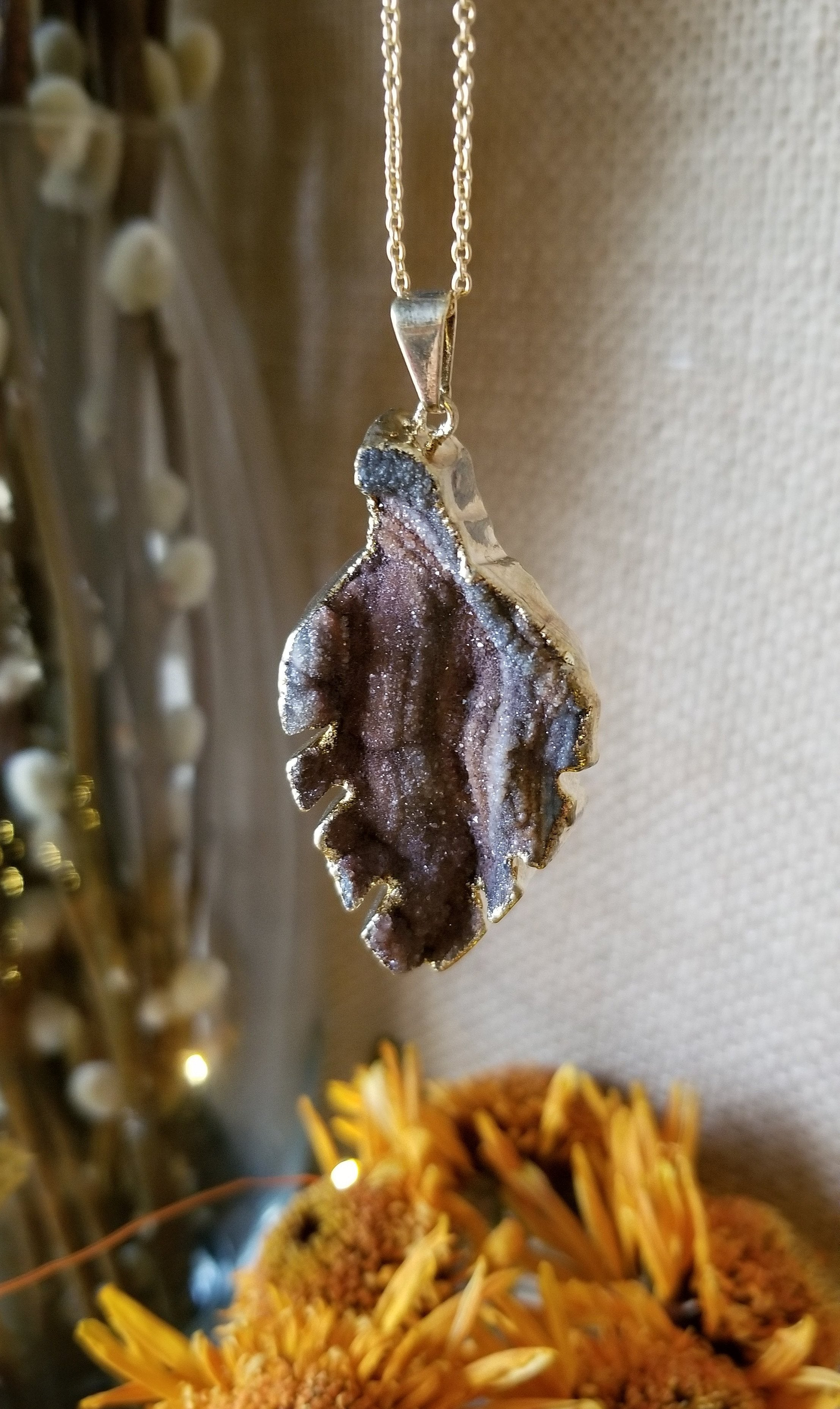 Chalcedony leaf necklace with gold plated edge and chain