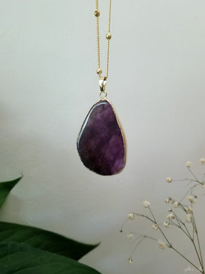 Natural amethyst slab necklace with 18k gold satellite style chain