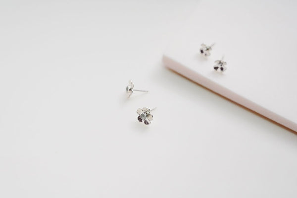 Flower Power aquamarine studs