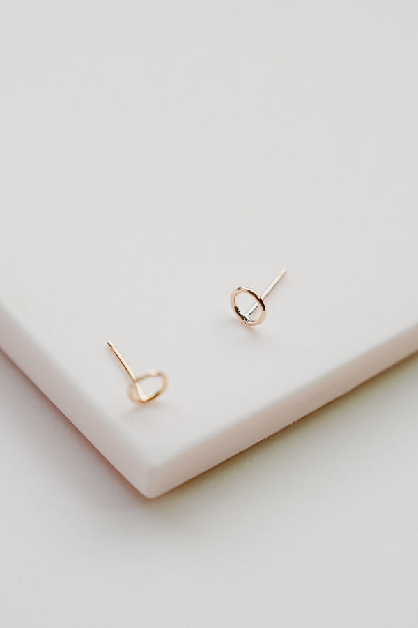 Gold OO Studs