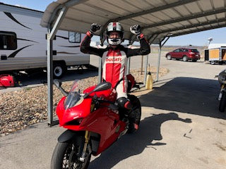 Riding the Panigale V4 S On The Race Track