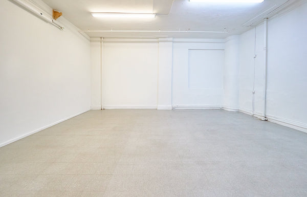 PHOTOGRAPHY STUDIO SPACE RENTAL