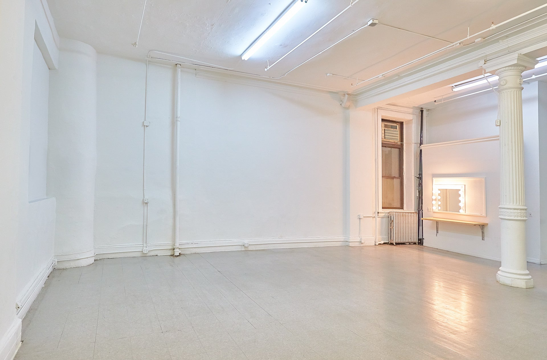 NYC SHOWROOM SPACE RENTAL