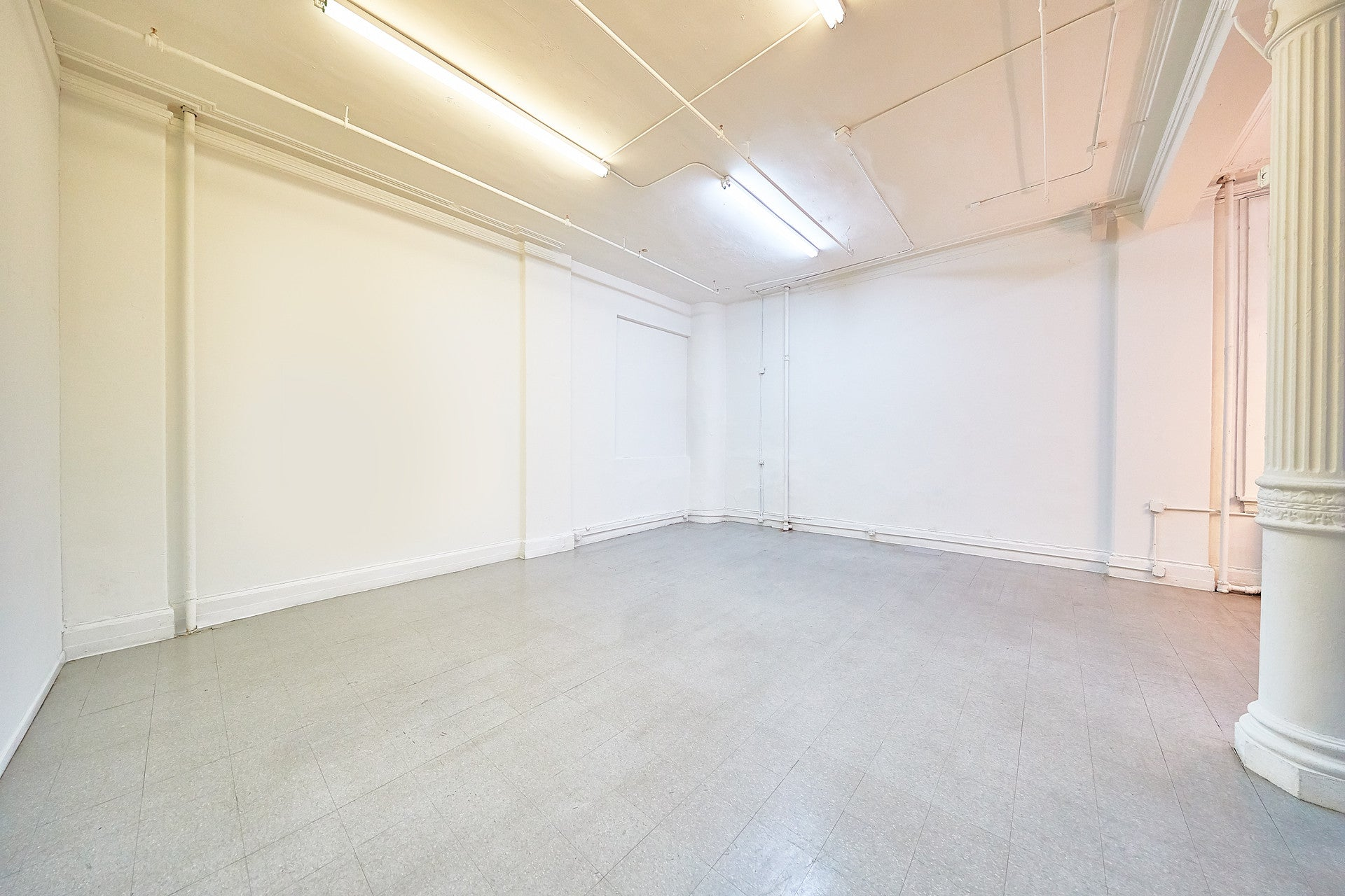 MIDTOWN SHOWROOM SPACE RENTAL