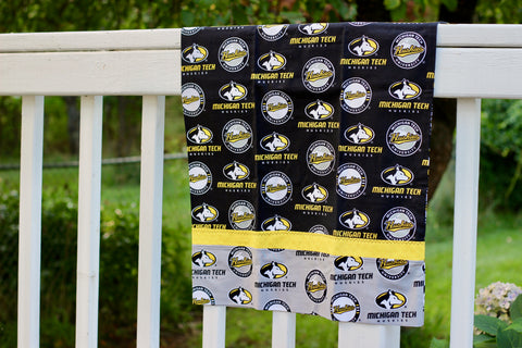 Michigan Tech Cotton Pillowcase Kit: Black with Gray and Gold