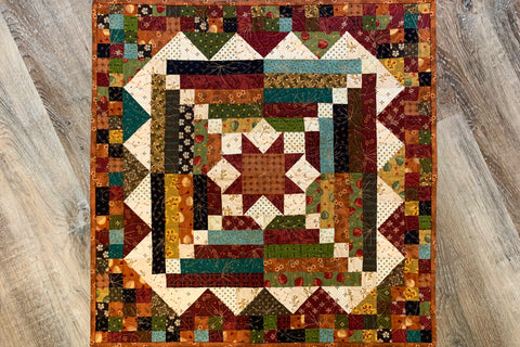 Smack Dab in the Middle Miniature Quilt Kit