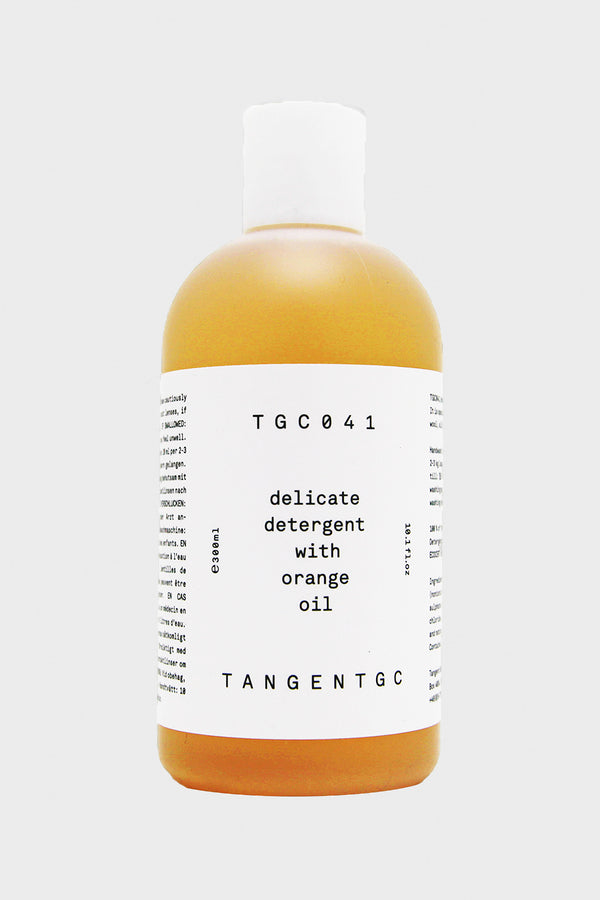 Delicate Detergent with Orange Oil