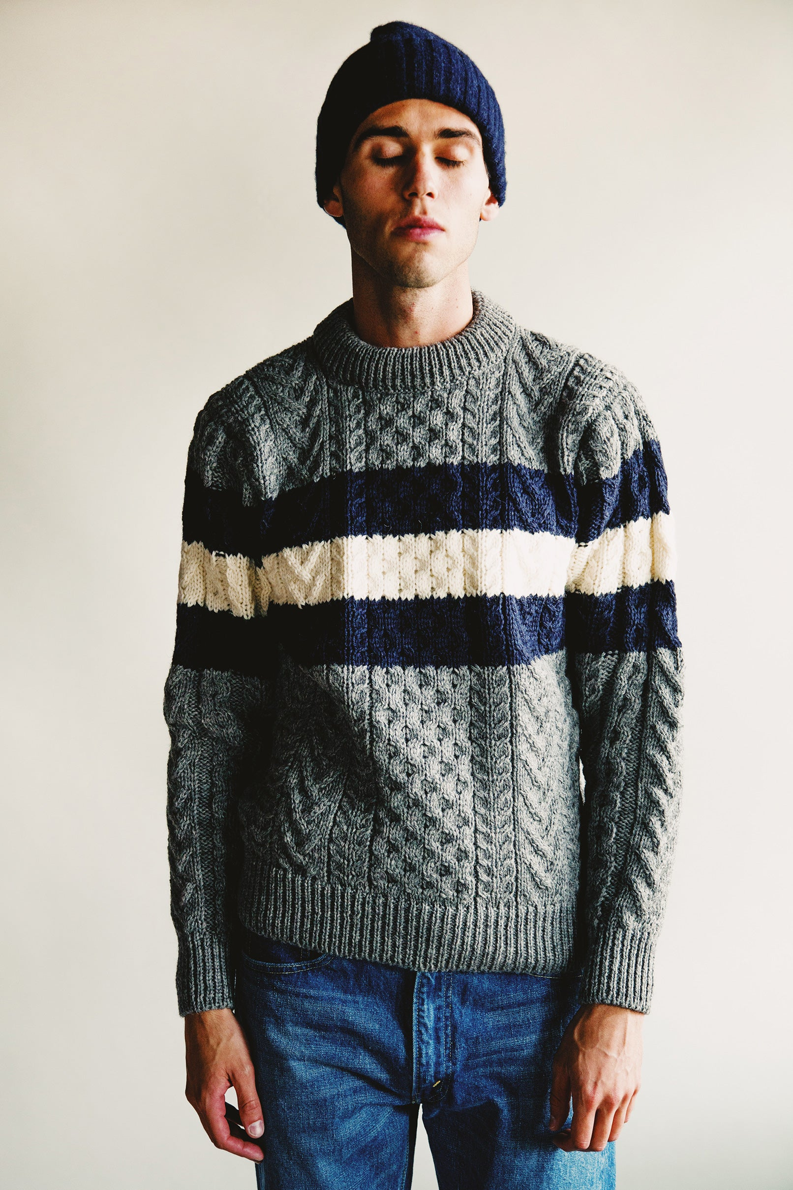 howlin Alone In The Swimming Pool sweater - Grey