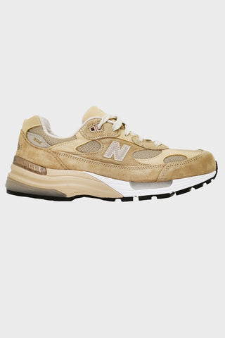 new balance M992 shoes - Tan