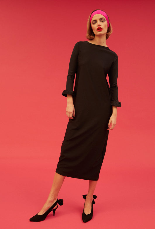 VESTIDO SIMPLE MANGAS NEGRO