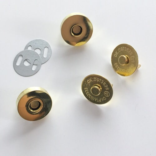 Magnetic Bag Clasp Gold 18mm (Each) Haberdashery - Cotton Reel Studio