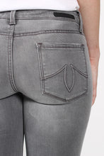 Grey Skies Jeans- Level 99 Liza Skinny Detail