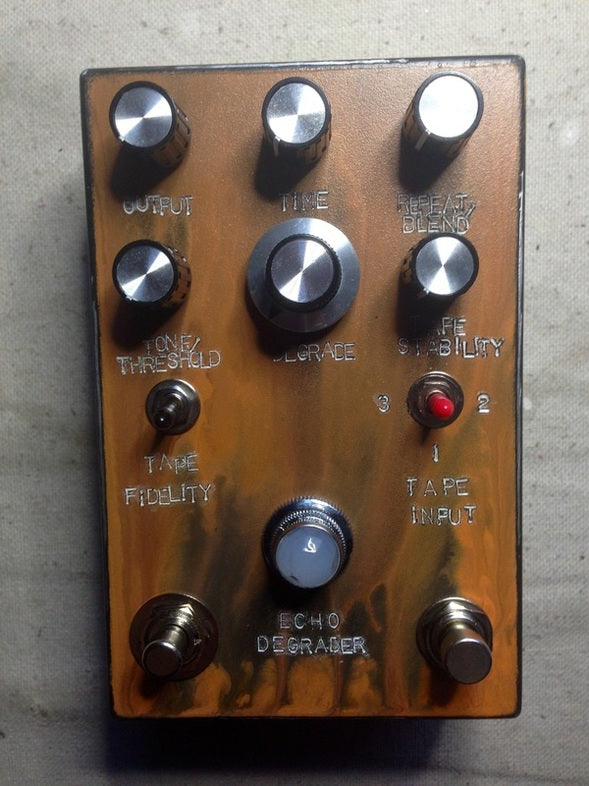 Industrialectric Echo Degrader pedal