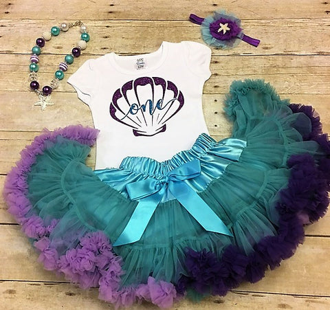 Lets be mermaids, mermaid baby, little mermaid, fish scale bloomers, mermaid outfit, mermaid gift, newborn girl outfit, cake smash, Little Mermaid birthday outfit, Mermaid First Birthday, Under the Sea birthday Outfit, Toddler Mermaid Outfit, Mermaid Party, Little Mermaid
