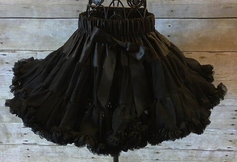 black pettiskirt, black tutu, Breakfast at Tiffany's, ruffled black skirt, dance recital skirt, first birthday skirt, girl pettiskirt, toddler pettiskirt, infant pettiskirt, petticoat