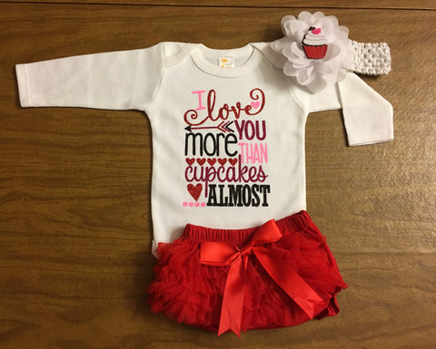 "Newborn Valentines Day Outfit ""I love you more than cupcakes, maybe"""
