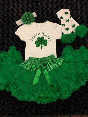 c9413838 Girls St Patricks day Green Pettiskirt Outfit, Shamrock O