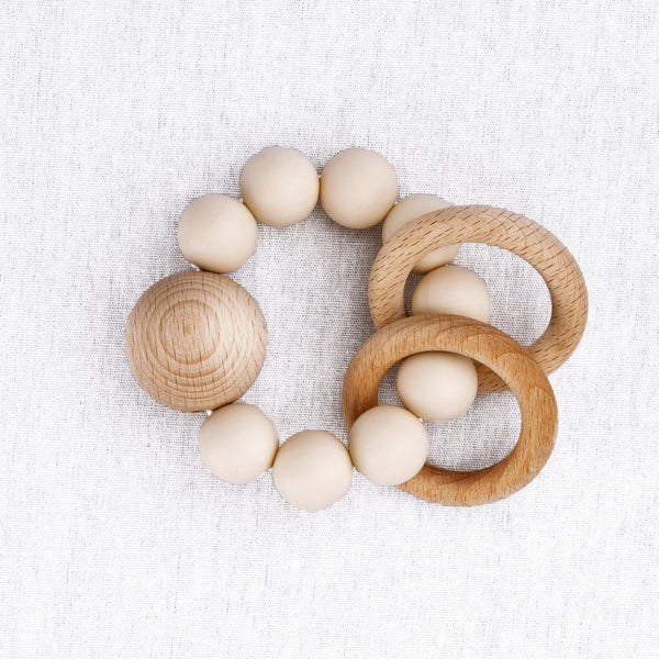 SATURN silicon and wood teething rattle