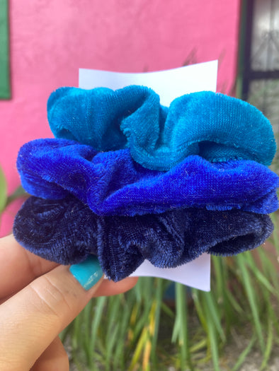I Got The Blues Scrunchie Set