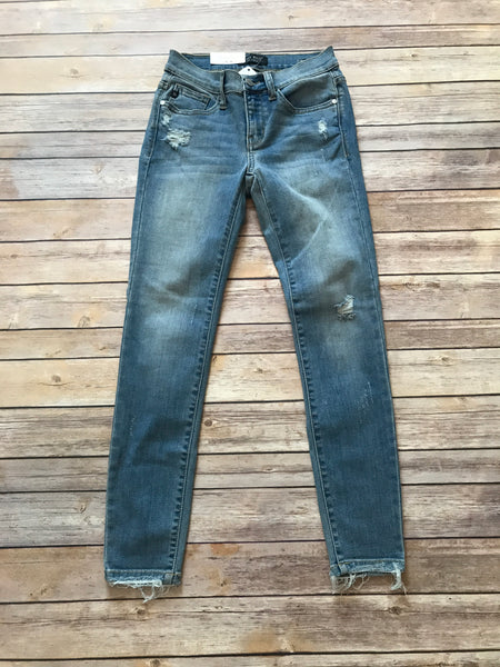 Judy Blue Lightly Distressed Skinny