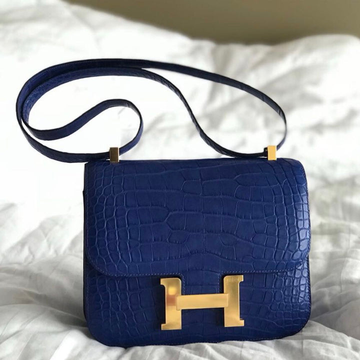 Hermès Constance 24 Bleu Electrique Alligator Mississippi Matte Gold Hardware GHW A Stamp 2017 <!27762528> - The French Hunter