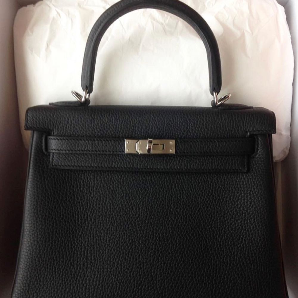 Hermès Kelly 25 Noir (Black) Togo Palladium Hardware PHW C Stamp 2018 <!28242202> <!SOLD> <!SOLD> <!SOLD> <!SOLD> <!SOLD> <!SOLD> <!SOLD> - The French Hunter