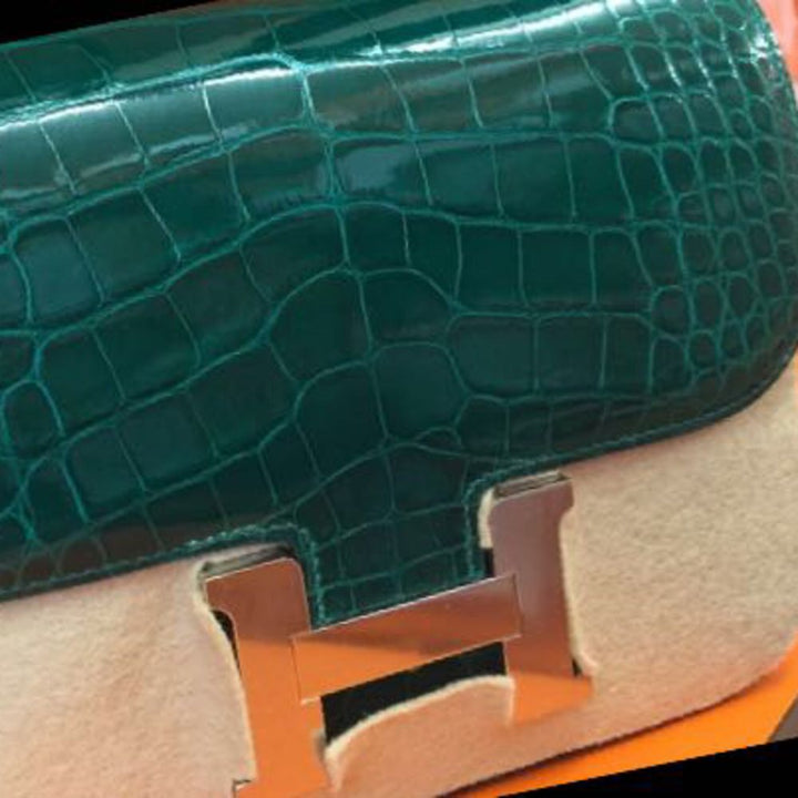 Hermès Constance 24 Vert Emeraude Alligator Mississippi Lisse Palladium Hardware PHW C Stamp 2018 <!28353098> <!SOLD> <!SOLD> - The French Hunter