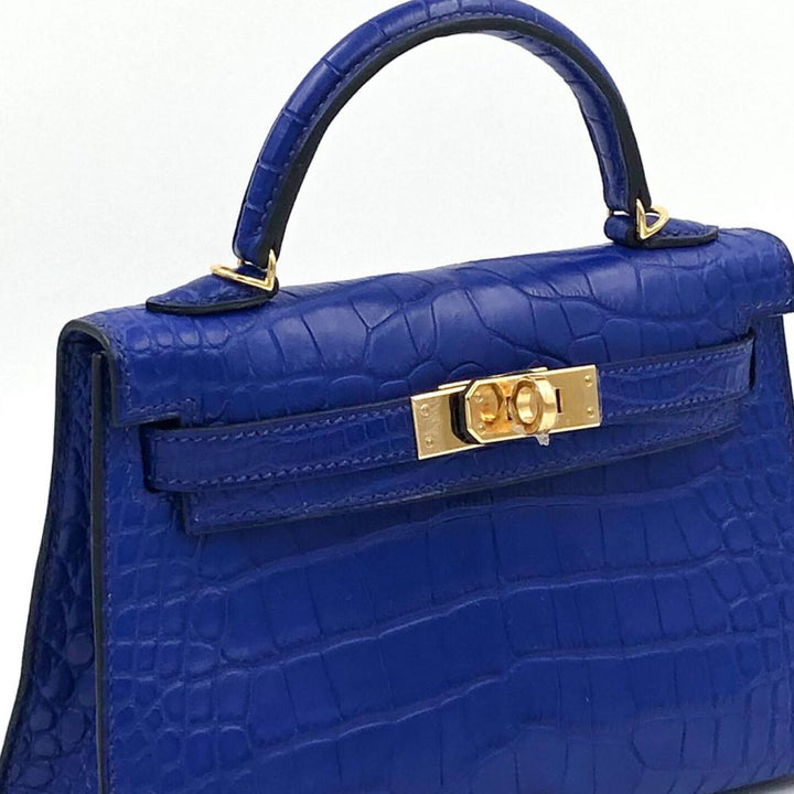 Hermès Kelly 20 Bleu Electrique Sellier Alligator Mississippi Matte Gold Hardware GHW C Stamp 2018 <!29199906> - The French Hunter