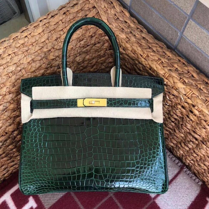 Hermès Birkin 30 Vert Fonce Crocodile Niloticus Lisse Gold Hardware GHW C Stamp 2018 <!29468283> - The French Hunter