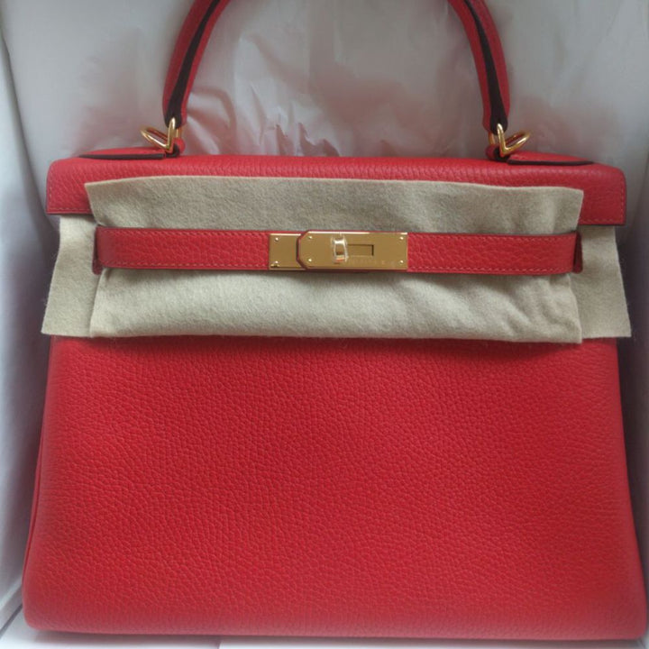 Hermès Kelly 28 Rouge Tomate Clemence Gold Hardware GHW C Stamp 2018 <!29588480> - The French Hunter