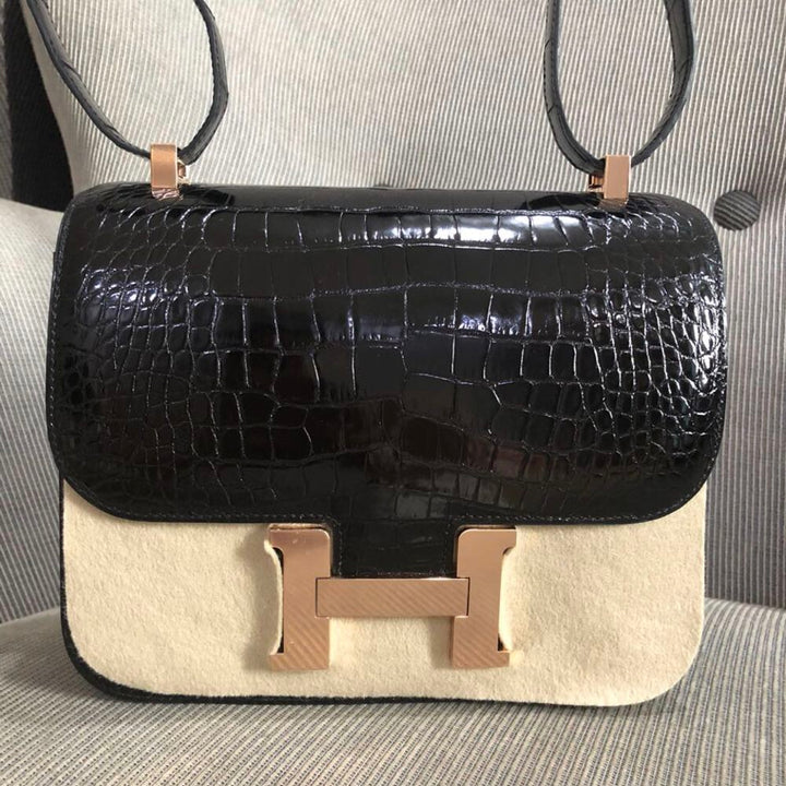 Hermès Constance 24 Noir (Black) Alligator Mississippi Lisse Gold Hardware GHW C Stamp 2018 <!29691108> - The French Hunter