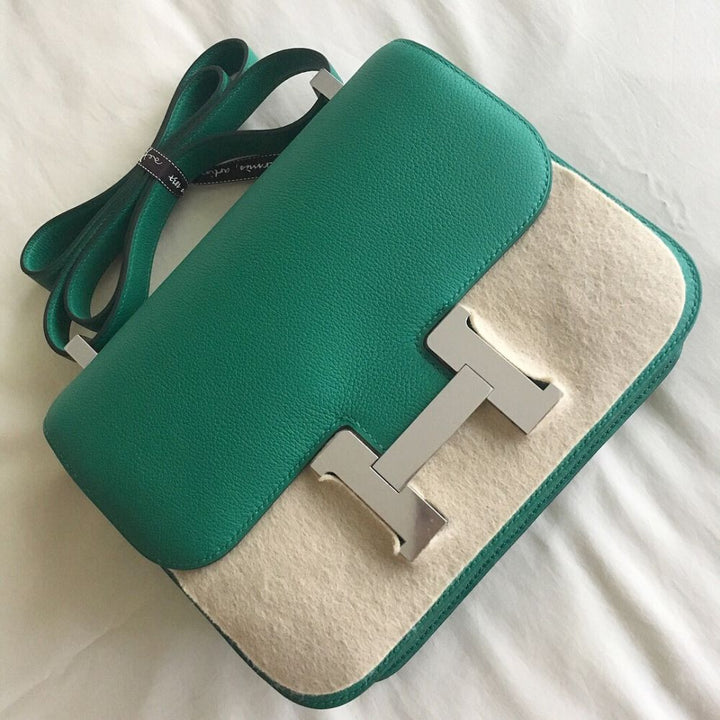 Hermès Constance 24 Vert Vertigo Evercolor Palladium Hardware PHW C Stamp 2018 <!29757004> - The French Hunter