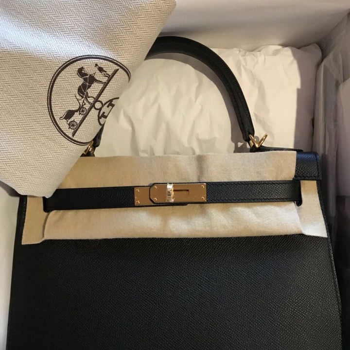 Hermès Kelly 28 Noir (Black) Sellier Epsom Gold Hardware GHW C Stamp 2018 <!29936858> - The French Hunter